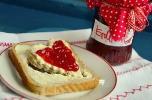 Auch bei der Marmeladenproduktion kann eine Flotte Lotte die Marmelade noch feiner machen.